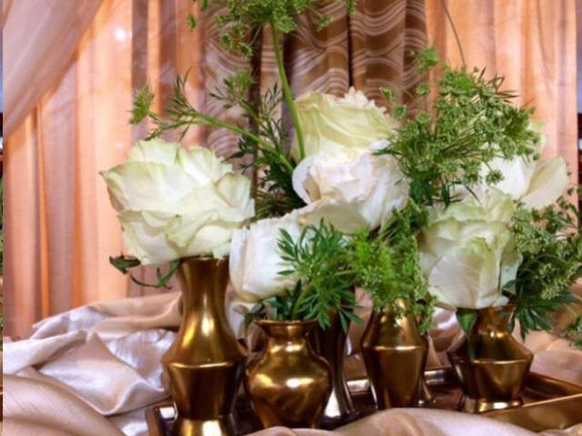 Where to find VASE, CLUSTER GOLD OBLONG in Fairview Heights