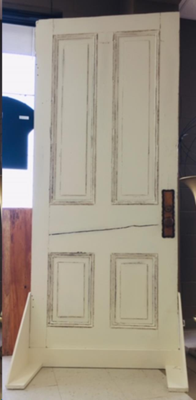 Where to find VINTAGE DOOR w  STAND in Fairview Heights